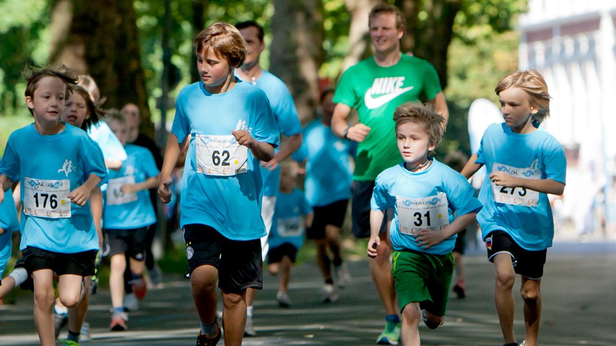 X und Y Design Stadtwerke Muenster Kids Marathon